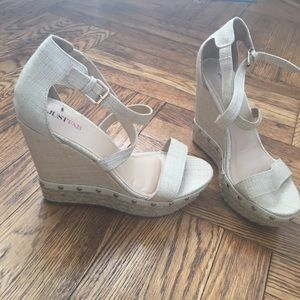 Woven/studded 5in wedges with cross strap/open toe
